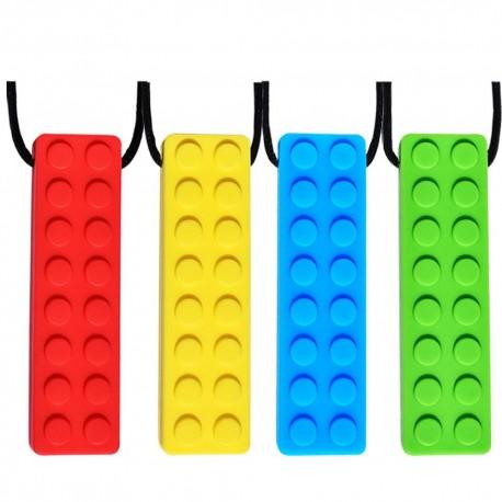 Collares sensoriales para masticar en forma de Lego.