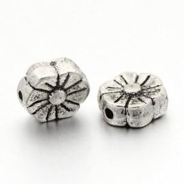 Paquete Separadores en forma de flor en color plata antigua