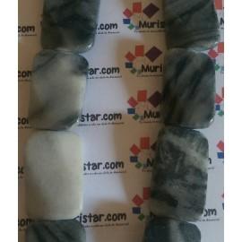 Piedra natural en colores grises, tamaño 30x20mm