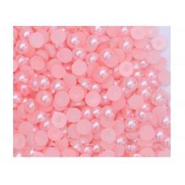 Medias perlas en color rosado de 4 mm
