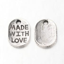"Dijes de""Made with Love"" , color Plata Antigua"