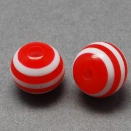 Perlas acrilicas con rayas en color rojo y blanco. Tamaño 6x5mm